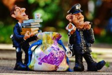 UK wants to Tax Online Casino Bonuses and Free Spins