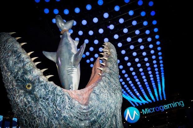 Microgmaing Jurassic World Exhibit ICE 2017